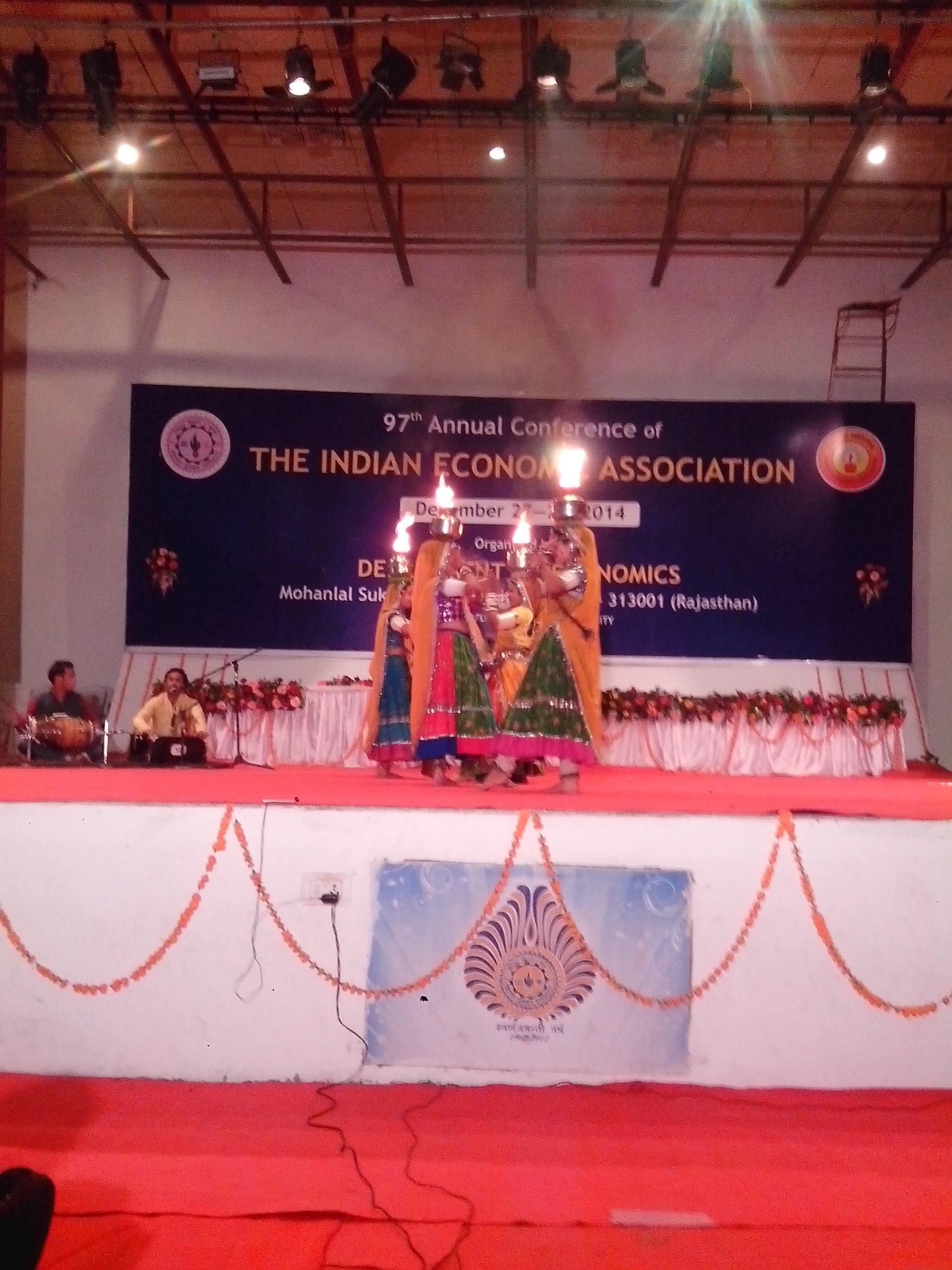 Rajasthani Matka Dance